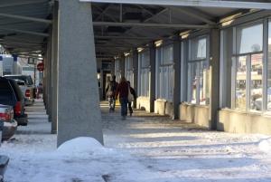 L\'entrée du métro Henri-Bourassa