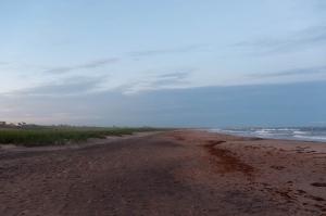 De l\'autre la longue plage